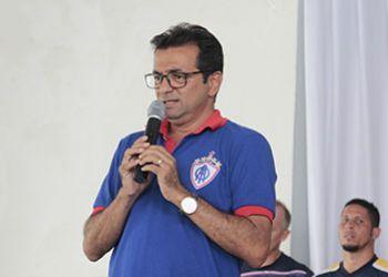 Ex-secretário de administração na gestão do prefeito Valmir de Francisquinho é o primeiro suplente do pré-candidato Heleno Silva ao senado