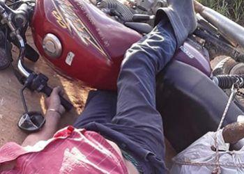 Morador da cidade de Moita Bonita é assassinado enquanto conduzia uma motocicleta