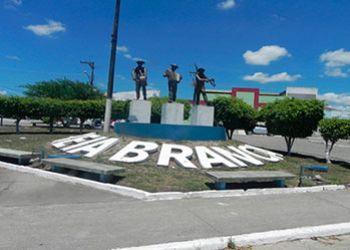 Prefeitura de Areia Branca divulga edital de concurso público para 64 vagas