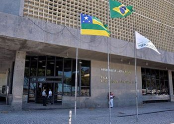 Luciano Bispo do MDB vence elei��o da mesa diretora da Alese