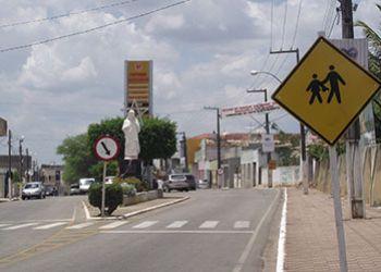 Prefeito de Ribeirópolis responderá por peculato e falsidade ideológica
