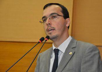 Deputado Georgeo Passos demonstra preocupa��o com possibilidade de lista fechada nas elei��es