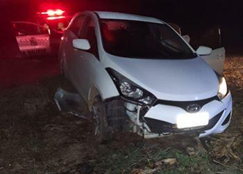 Carro roubado em Laranjeiras � recuperado pela PM no Agreste sergipano