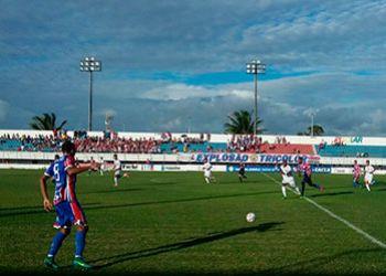 Itabaiana estreia sendo goleado em seus domínios e Sergipe sofre virada fora de casa