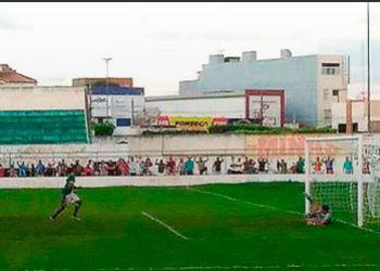 Gol no �ltimo minuto salva o Lagarto do rebaixamento