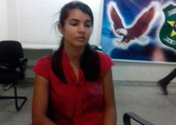 Mulher suspeita de arquitetar a morte do marido � presa pela PC no local de trabalho