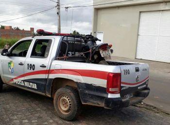 Policiais da 1.ª CIA do 3.º BPM recuperam aparelho celular e motocicleta roubados em Campo do Brito e Lagarto