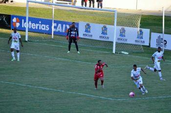 Com gola�o nos acr�scimos, Sergipe vence o Lagarto e far� a final do estadual contra o Itabaiana