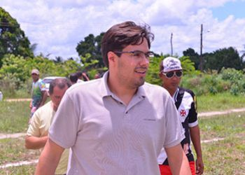 Talysson de Valmir defende que recursos do IPVA e multas sirvam para manuten��o de estradas