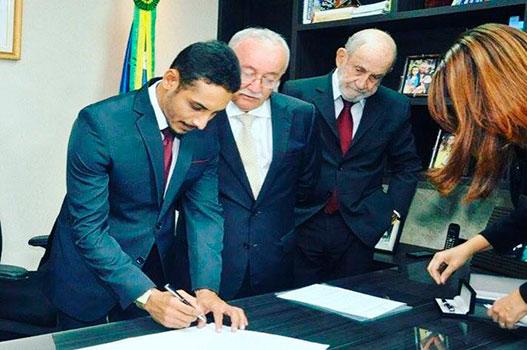 Foto: Assessoria Parlamentar