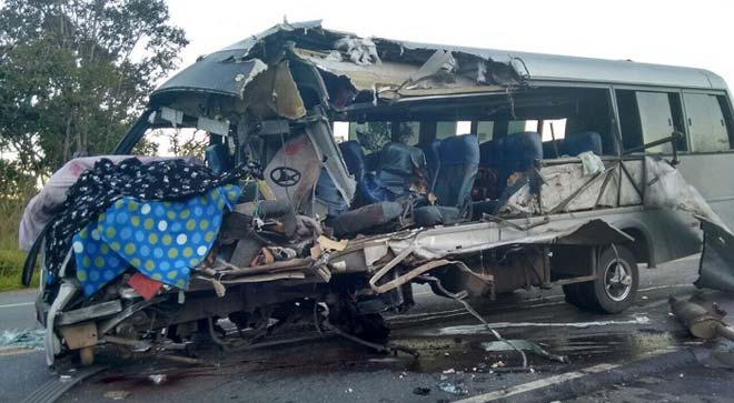 acidente micro ônibus Carira Sergipe