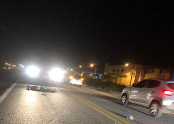 Pedestre fica gravemente ferido após ser atropelado por carro não identificado na BR-235