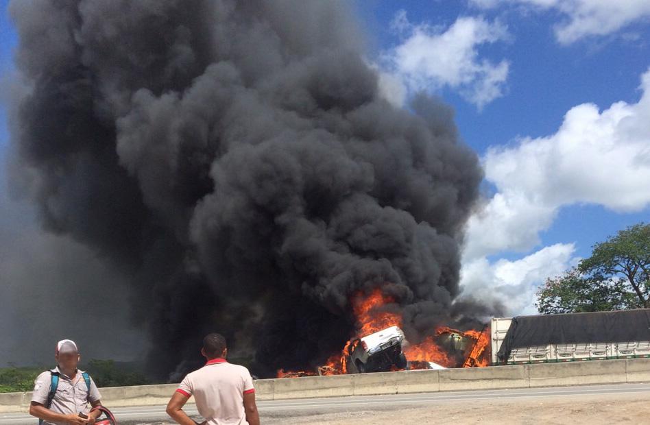 acidente BR-101 Itaporanga D'ajuda Sergipe