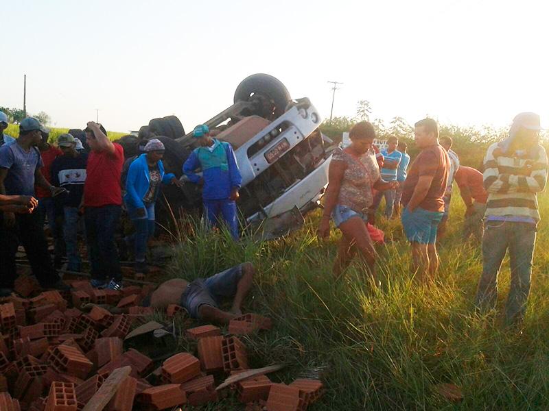 acidente caminhão Cerâmica Itabaiana Sergipe