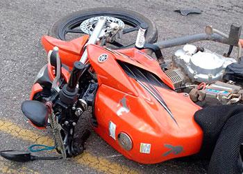Motociclista morre em colis�o de tr�nsito no munic�pio de Ribeir�polis