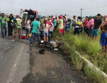 Motociclista sofre graves lesões ao se envolver em acidente na BR-235