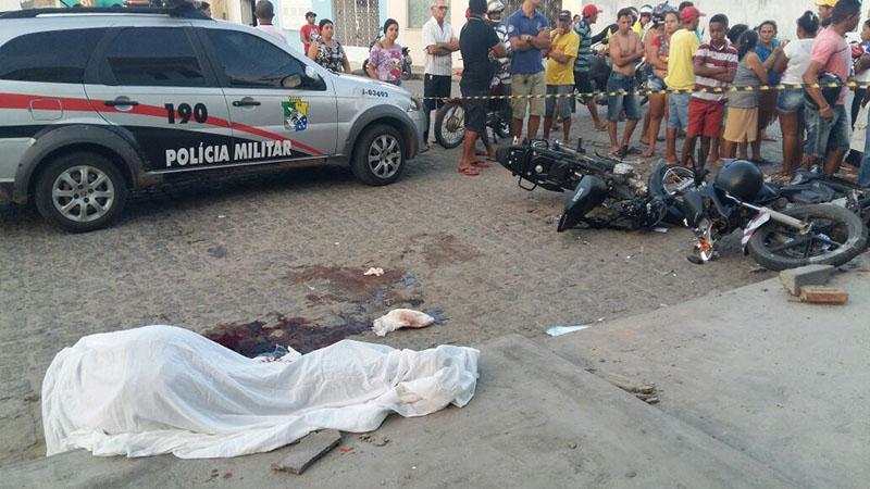 colisão moto com motoneta Itabaiana Sergipe