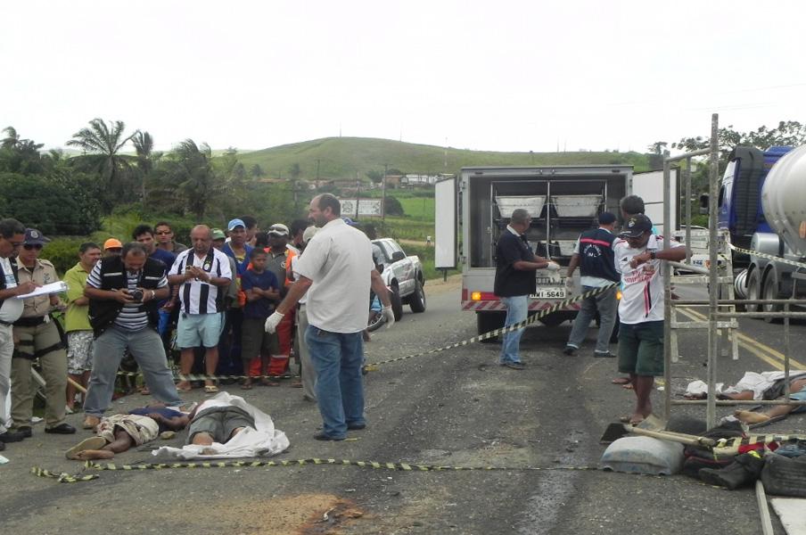FOTOS DE CAMINHÕES E CARRETAS - CLUBE DO ÔNIBUS