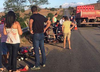 Condutor de motocicleta morre em colis�o envolvendo tr�s ve�culos