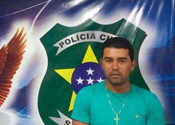 Com passagens pelos delitos de roubo e porte ilegal de arma de fogo, jovem é condenado pela Justiça