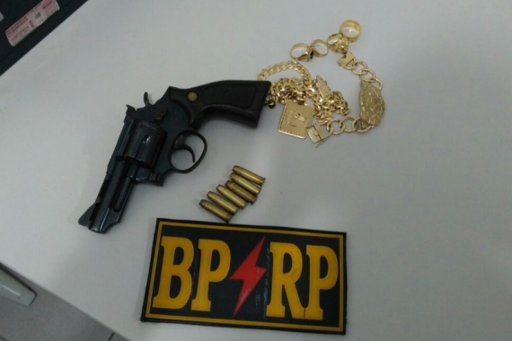 Porte Ilegal Arma de fogo
