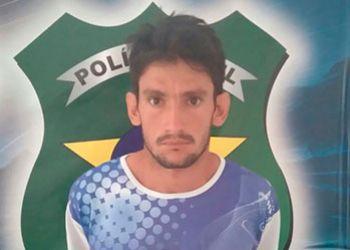 Jovem investigado pela autoria de dois crimes de homic�dio em Itabaiana � preso na zona rural de Moita Bonita