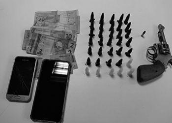Prisão em flagrante por tráfico de drogas e posse ilegal de arma de fogo é efetuada em Itabaiana pela Polícia Civil