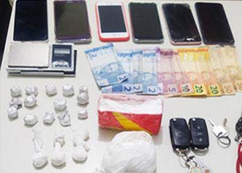 Pol�cia Civil apreende drogas durante opera��o na cidade de Campo do Brito