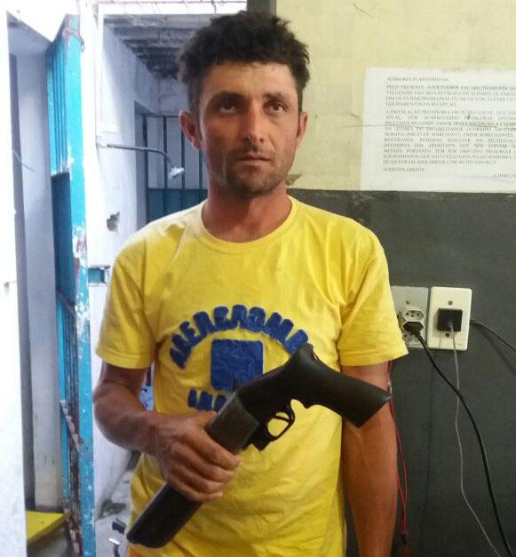 Apreensão escopeta calibre 12 Ribeirópolis Sergipe