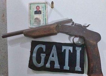 Homem é flagrado na cidade de Pinhão de posse de arma de fogo