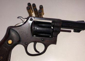 PM flagra v�tima de tentativa de homic�dio em posse de arma de fogo