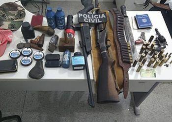 Operação desencadeada pelas polícias Civil e Militar resulta em 3 pessoas presas e apreensão de armas