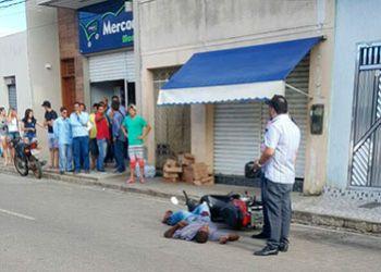 Após troca de tiros com policiais, suspeito de praticarem assaltos são presos no Sertão sergipano