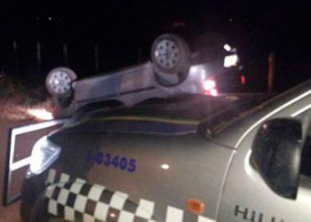 Criminosos capotam veículo em estrada vicinal de Itabaiana durante perseguição policial