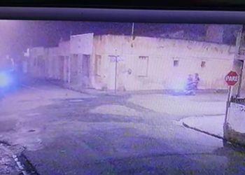 Indivíduos cometem ação criminosa no Centro de Itabaiana e são flagrados por câmeras de segurança