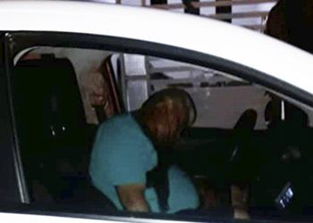 Homem com passagens por roubo de cargas é executado a tiros na presença do filho de 03 anos