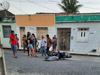 Homem é executado a tiros na cidade de Itabaiana enquanto conduzia uma motocicleta