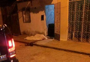 Jovem � assassinado a tiros no Agreste Sergipano ao deixar casa de irm�o