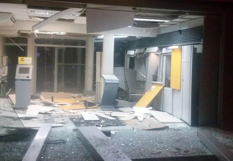 explosão caixas eletrônicos Campo do Brito Sergipe