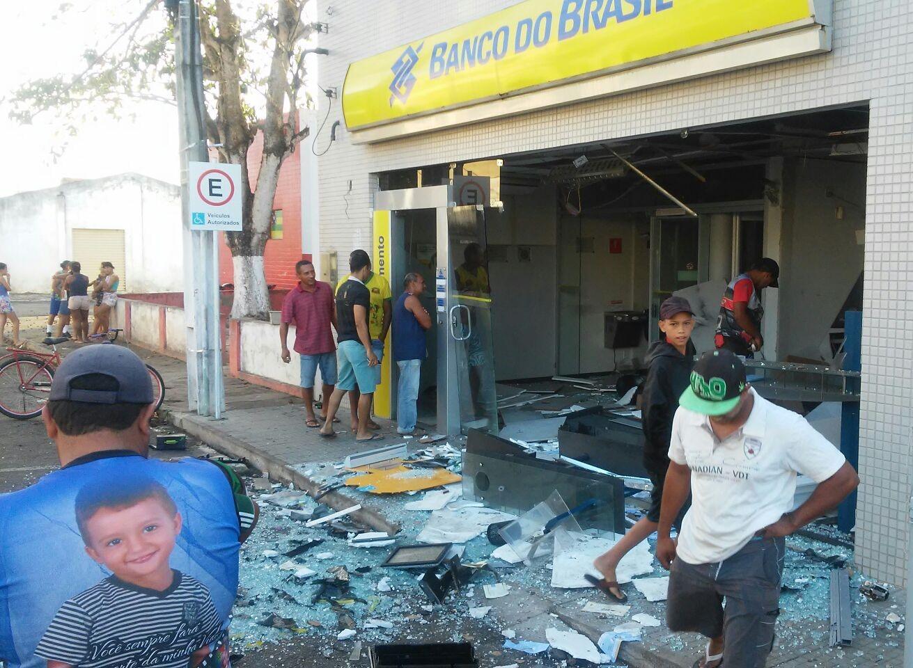 explosão banco do Brasil São Domingos Sergipe