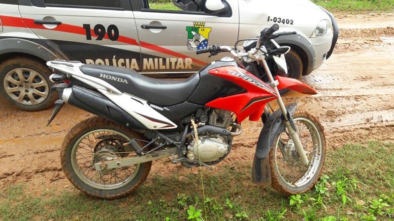 motocileta apreendida PM Carira Sergipe