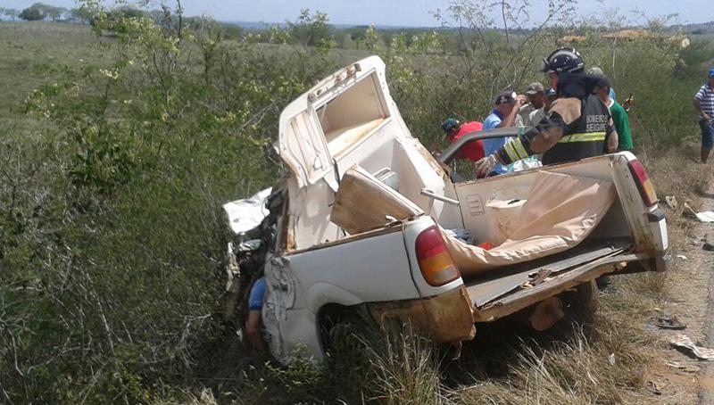 acidente ambulância caminhão guincho