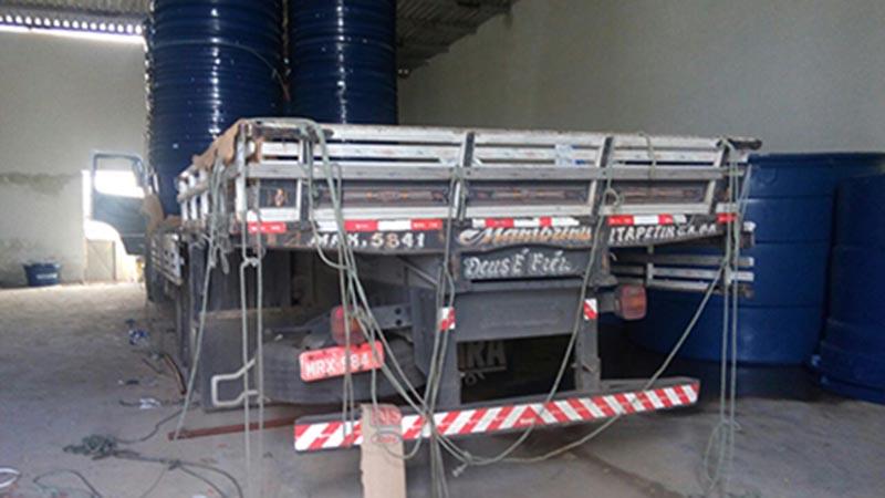 Caminhão Carga Caixas Fibra Fortlev roubado