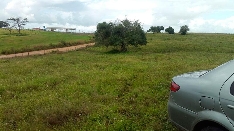 carro abandonado povoado Gameleira Campo do Brito Sergipe