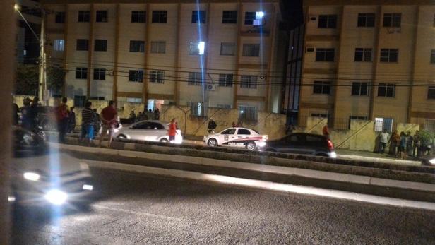 Carro tomado assalto agência bancária Itabaiana Sergipe