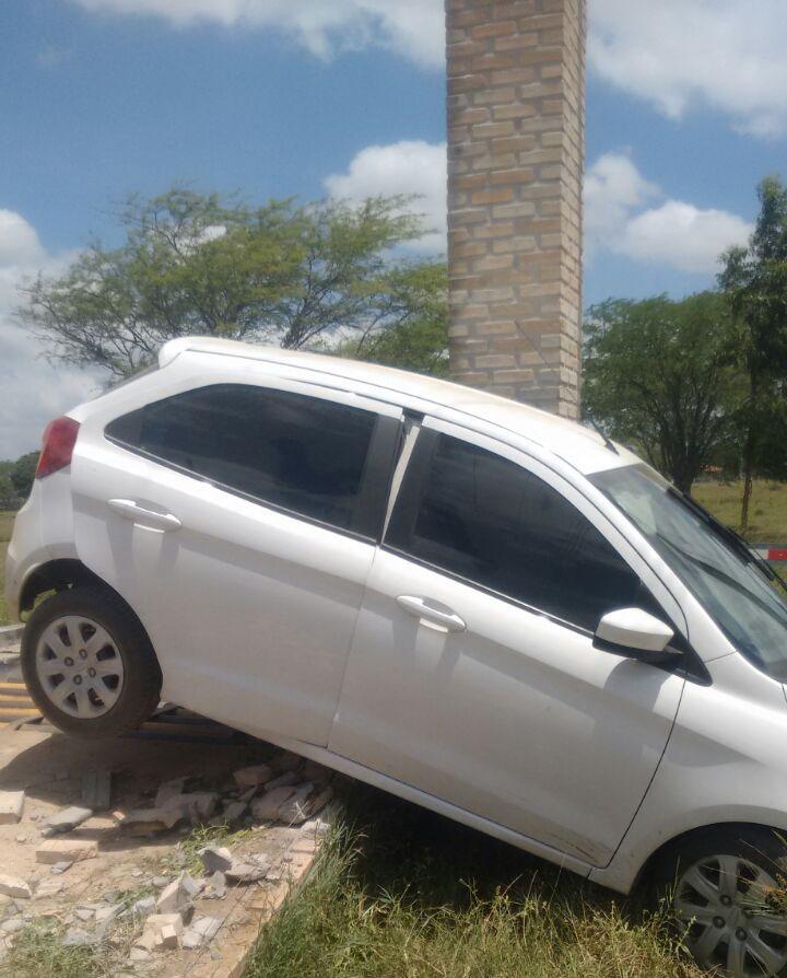 carro roubado Aracaju recuperado PRF Itabaiana Sergipe