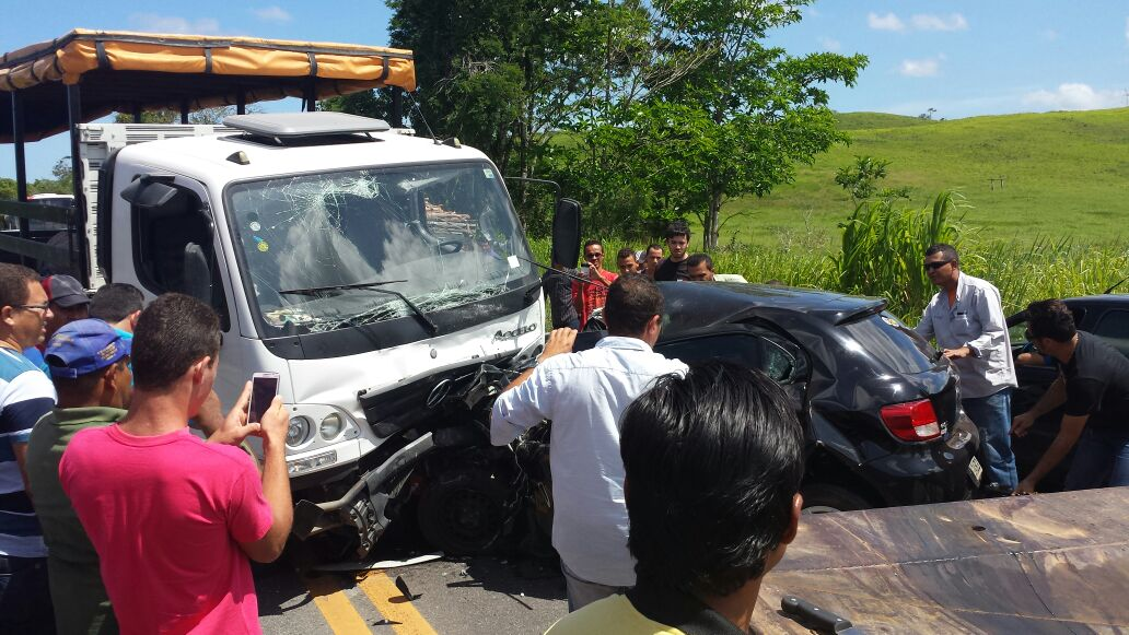acidente BR-235