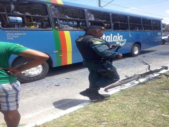 colisão ônibus bicicleta Nossa Senhora do Socorro Sergipe