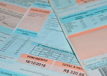 Consumidores de energia el�trica ter�o devolu��o de dinheiro pago a mais