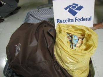 Receita Federal apreende em Aeroporto de Campinas (SP) dinheiro oriundo de Aracaju sendo transportado em mala